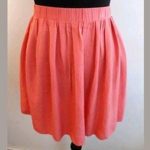 🦋 Old Navy Mini Skater Skirt